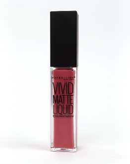 Maybelline Vivid Matte Liquid in the shade 05 Nude Flush